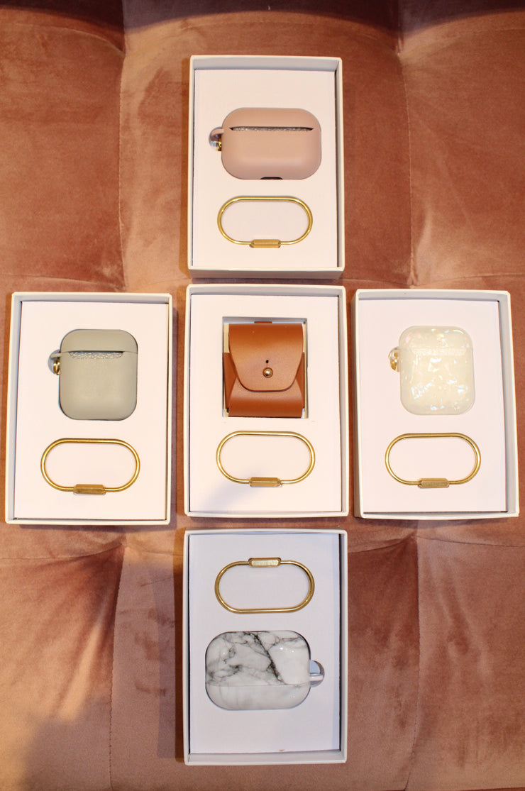 pearly girl airpod 1+2 case- pearl white