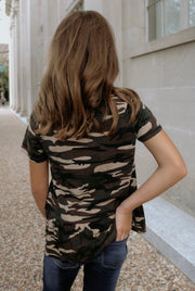 safari day tween top - camo