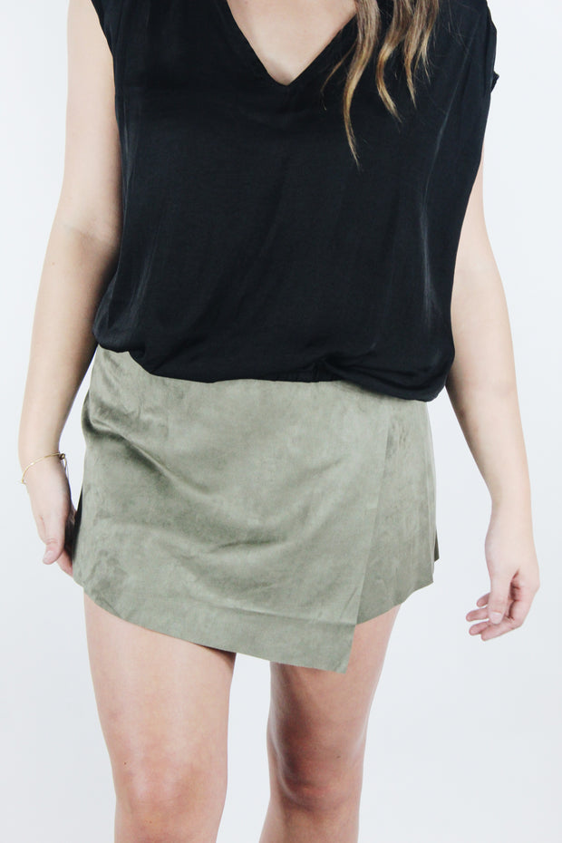 all for love skort - olive
