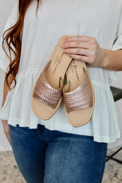 chinese laundry: moonshine woven sandal - rose gold