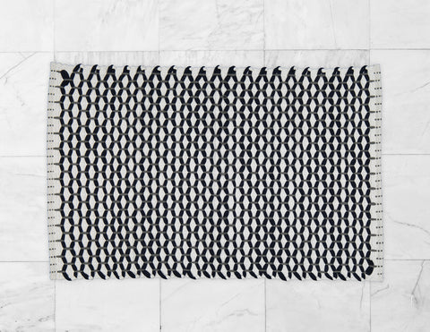 "Bathmat Lattice Weave White with a Navy or a Grey ""Lattice"""