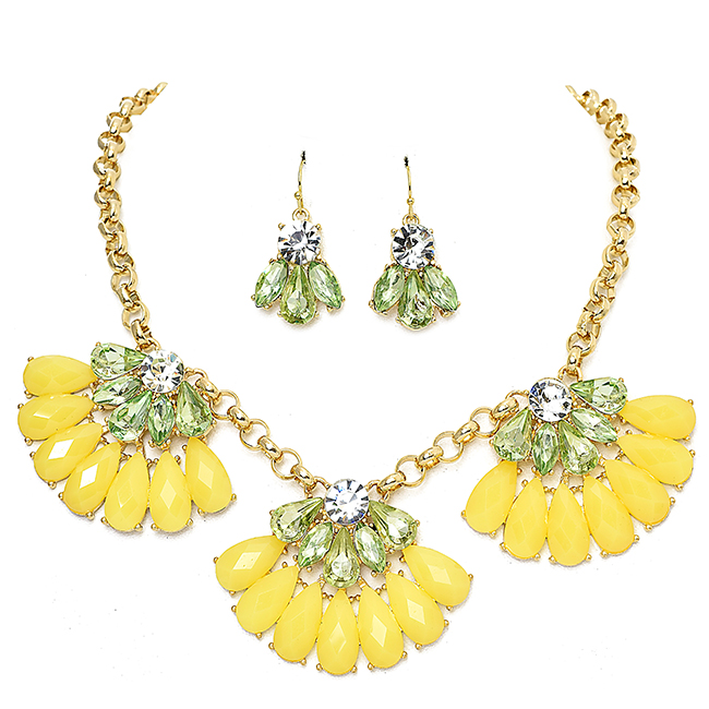Gold Necklace Set with Green and Yellow Crystals