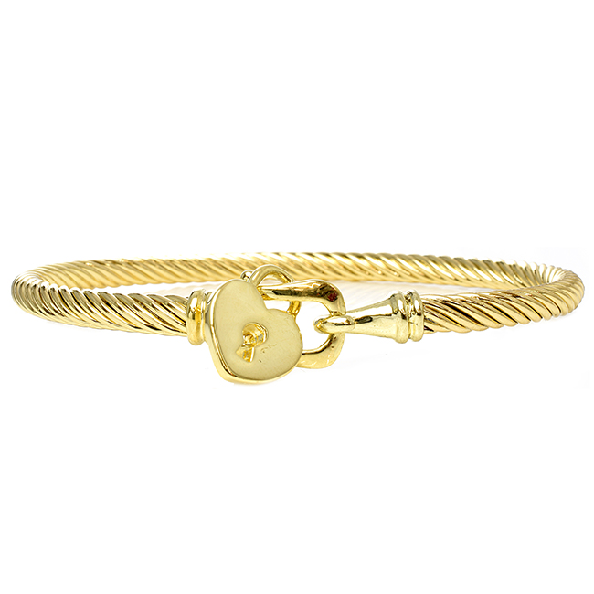 Gold Twisted Cable Bracelet Adorned with a Heart Charm