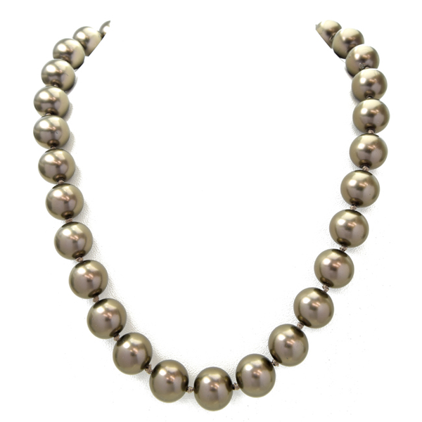 Bronze Elegant Pearl Necklace