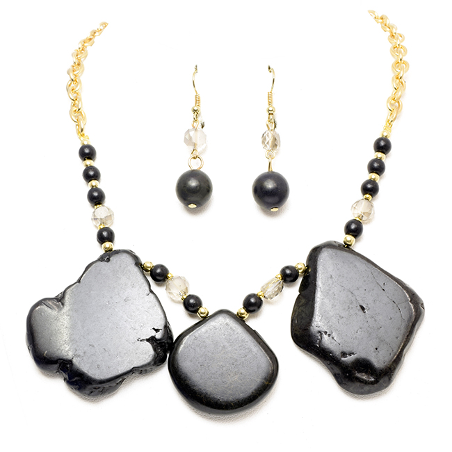 Gold Chain Necklace Set with Onyx Stone