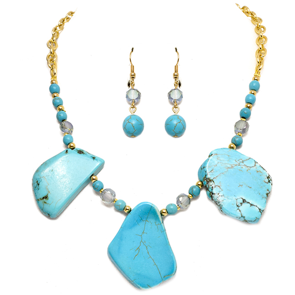 Gold Chain Necklace Set with Turquoise Stone