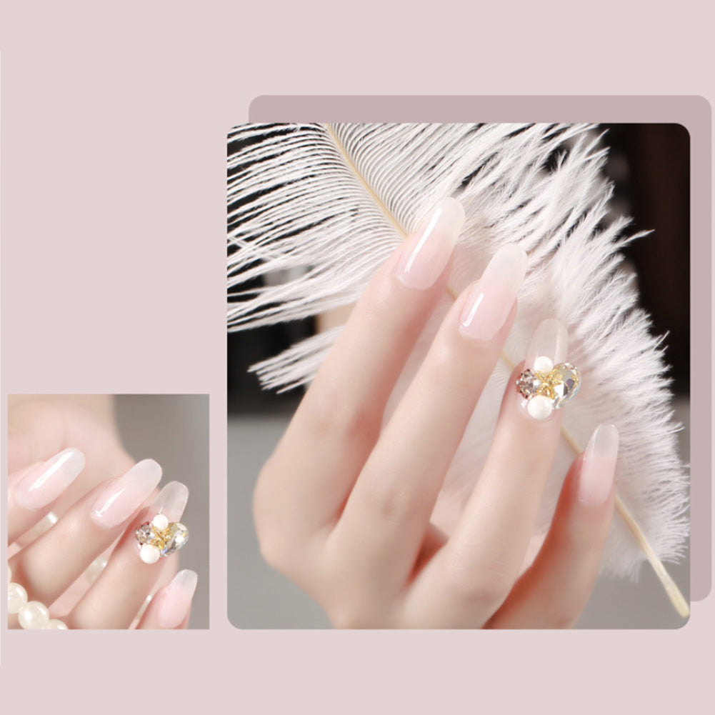 Why the acrylic nail has an enduring favor?