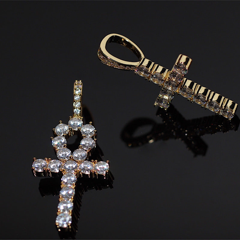 gold-and-diamond-ankh-pendant