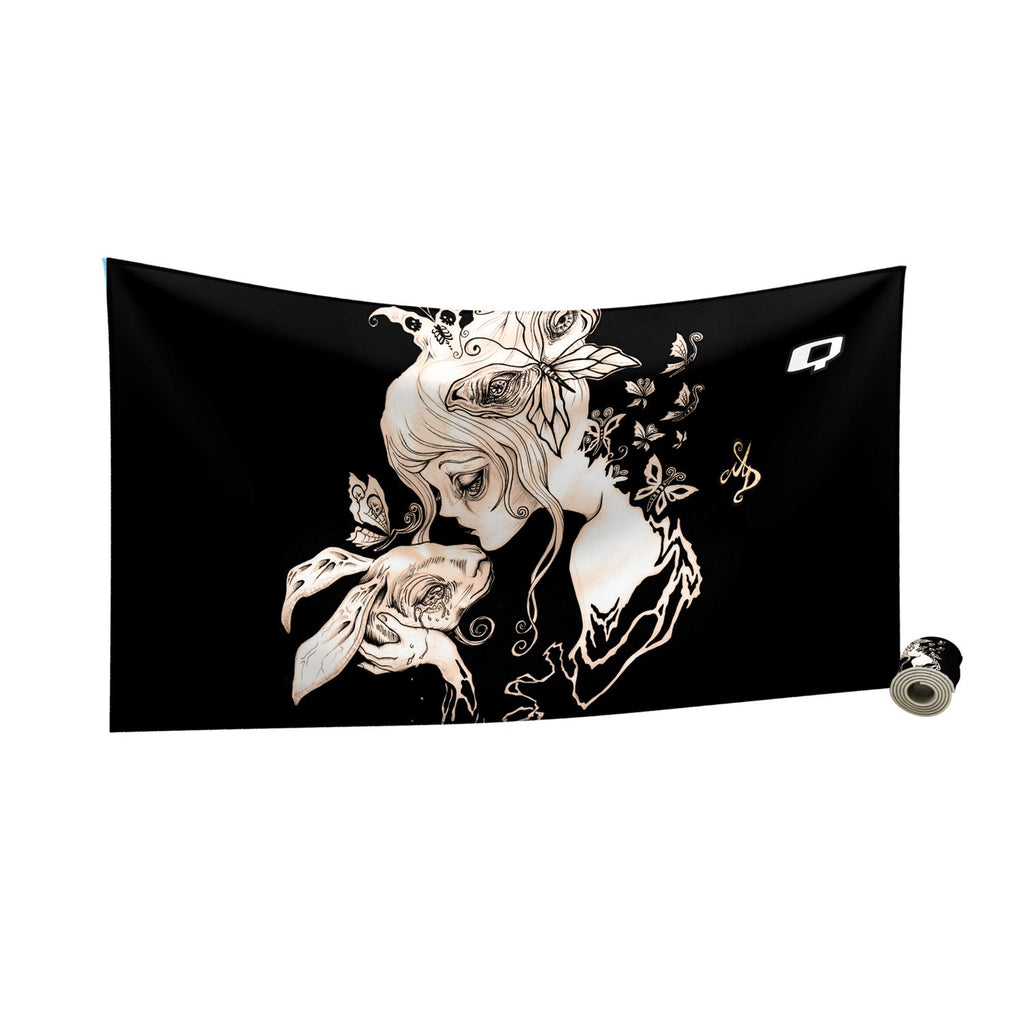 Alice Dreaming Quick Dry Towel