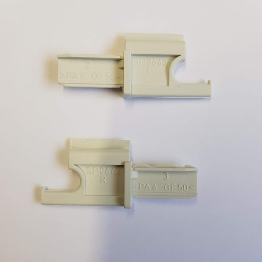 Seitz / Dometic Blind - Flyscreen End Hooks Pair