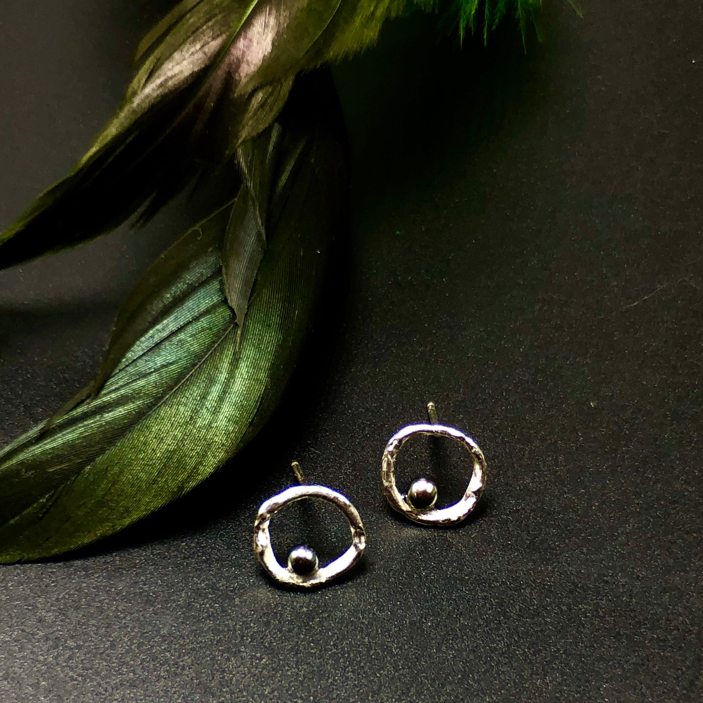 Circle Earrings with Black Pearls
