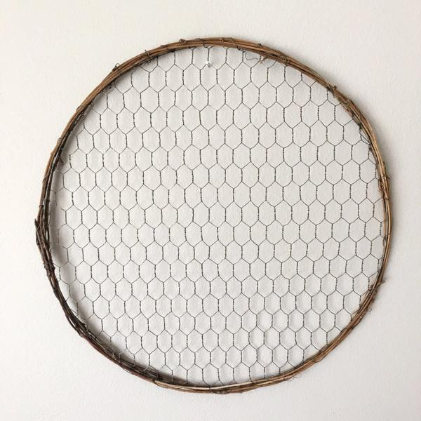 "14"" Chicken Wire Wreath- bulk pack - sola wood flowers wholesale"