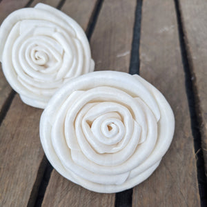 Isadora - 2.5 inches- sold by the dozen - sola wood flowers wholesale