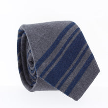 """KARL"" The Fog **NEW**, NECKTIES, skinny ties, floral ties, affordable, cotton ties, confidence- CORBATA"