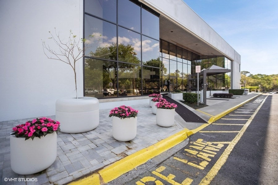 Planters for commercial buildings