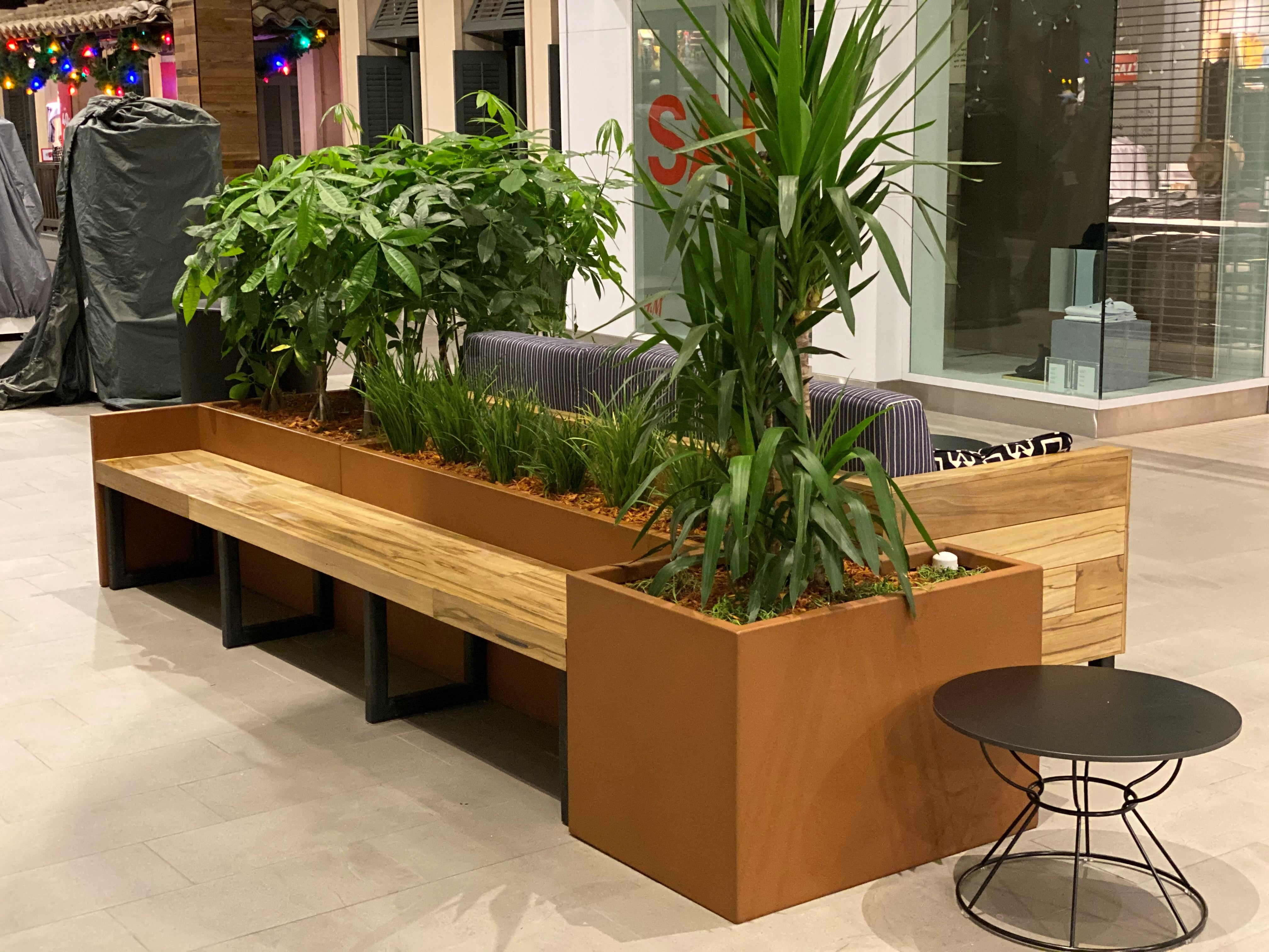 Modern Elite Modular Planter with 1 inch Lip and Return