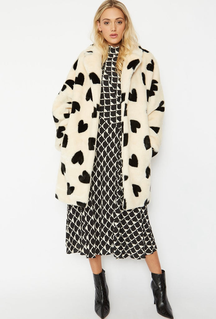 FMTCT57A-Love Heart Faux Fur Coat