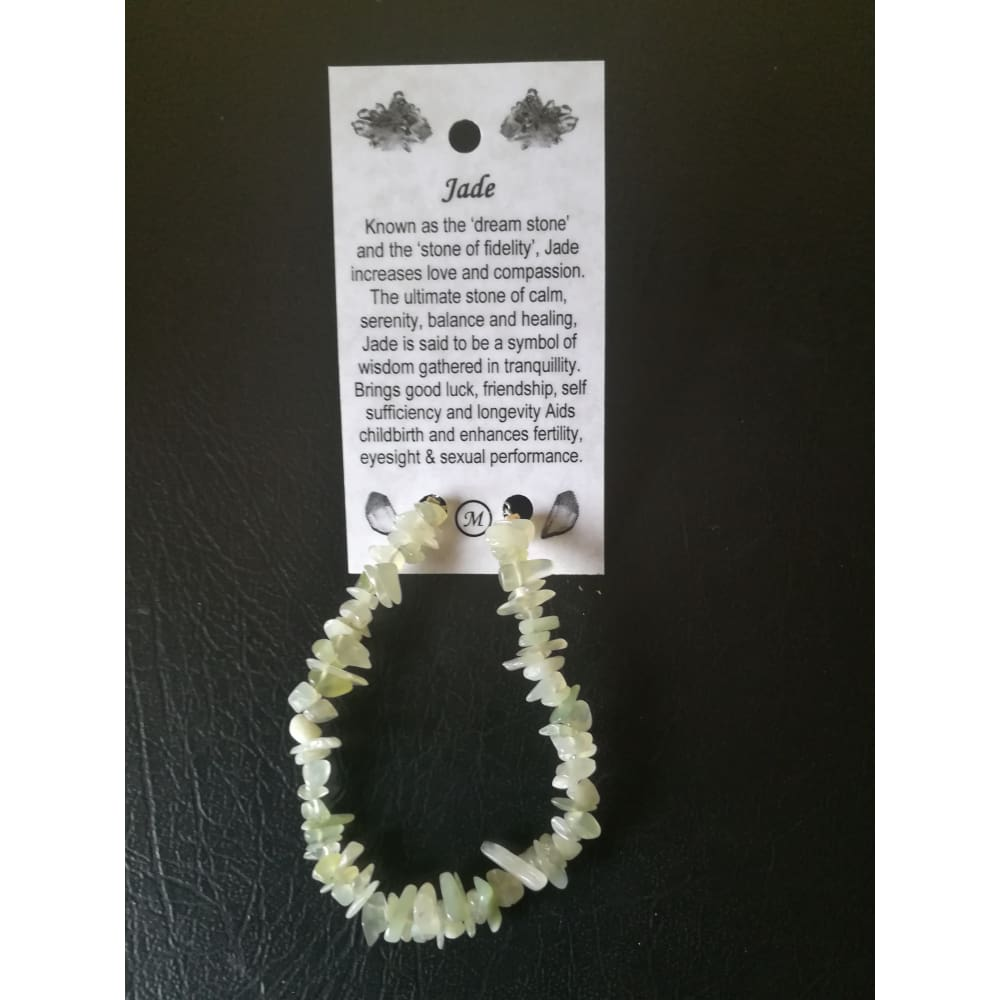 Jade chip bracelet on wire with clasp and card