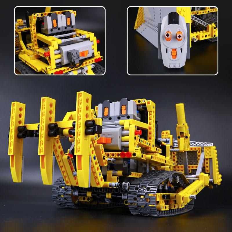 LEPIN Remote Control Bulldozer Model