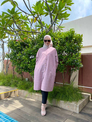 Geena Oversized Tunic in Pinkyred