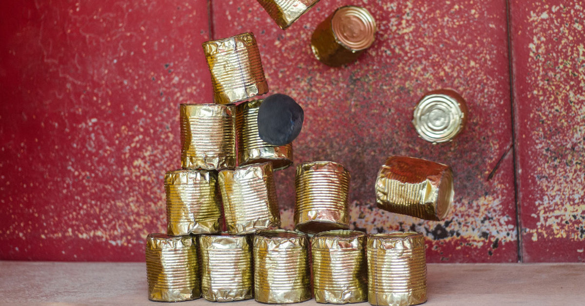metal cans for emergency food supply