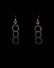 Load image into Gallery viewer, 3 Circle Earrings