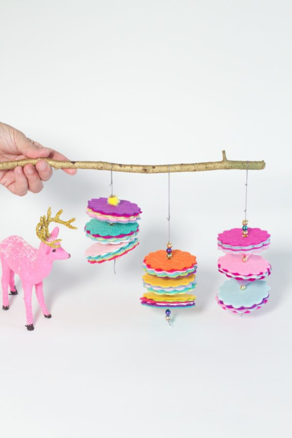 ADORABLE DIY FELT ORNAMENTS