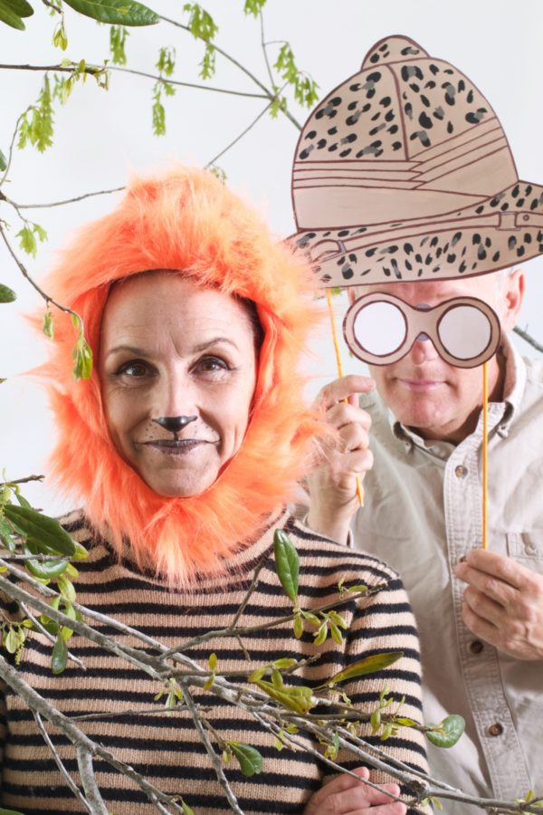 DIY: SAFARI PHOTO BOOTH CRAFTS