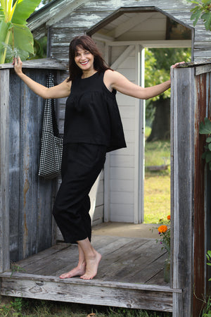 BABY CAKE TOP IN BLACK LINEN