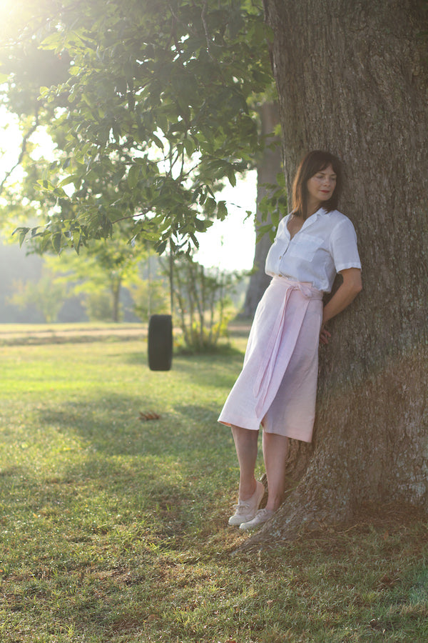 EVERYDAY BEAUTIFUL A-LINE APRON WRAP SKIRT IN SOFT PINK LINEN