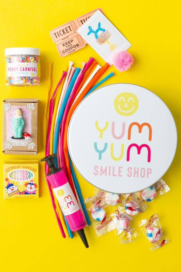 Yum Yum Smile Subscription Tin (1 month)