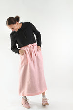 CHAMBER APRON IN PINK LINEN