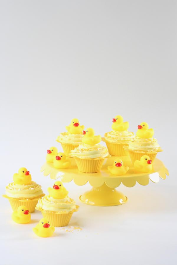 SUNSHINE DUCKIE CAKE TOPPER KIT