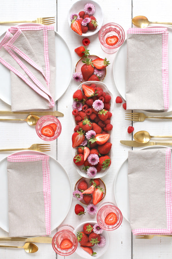FRENCH PICNIC LINEN NAPKIN SET (PINK GINGHAM)
