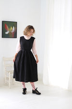ATELIER APRON DRESS IN BLACK LINEN (PREORDER)