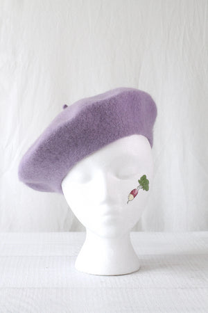 WOOL BERET IN LAVENDER