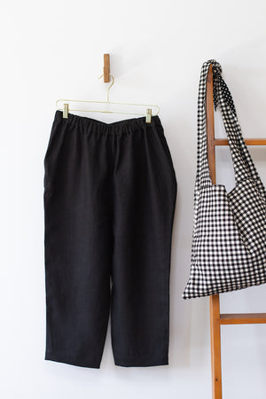 KITCHEN PANTS IN BLACK LINEN