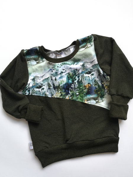Grow sweater- Wilderness Crew with Green