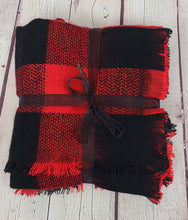 Load image into Gallery viewer, Buffalo Check Blanket Scarf