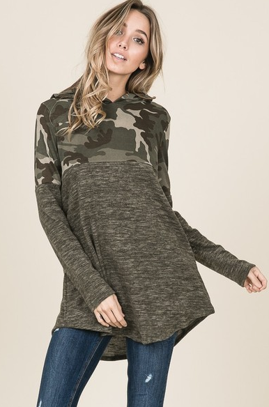 Lightweight Hooded Camo Pullover - Harp & Sole Boutique