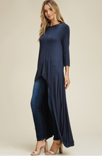 Load image into Gallery viewer, Navy 3/4 Sleeve High Low Tunic Top - Harp & Sole Boutique
