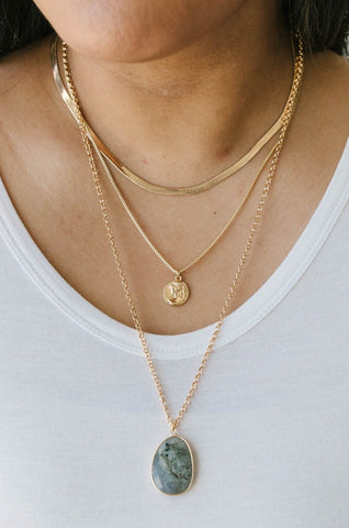 Oval Stone Charm Chain Necklace