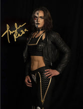 "Highspots – Thunder Rosa ""Black & Gold Gear Pose"" Hand Signed 8x10 *Inc COA*"