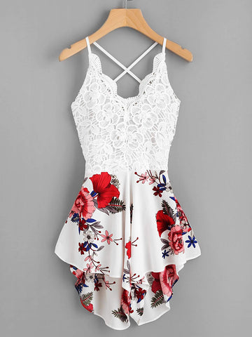 Robe à motif floral et dos ouvert - Girly Day