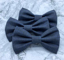 Load image into Gallery viewer, Written in the Stars | Navy Blue Linen Solid | Dog Bow Tie