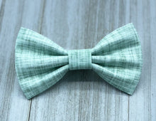 Load image into Gallery viewer, Horizon | Green Linen Solid | Dog Bow Tie