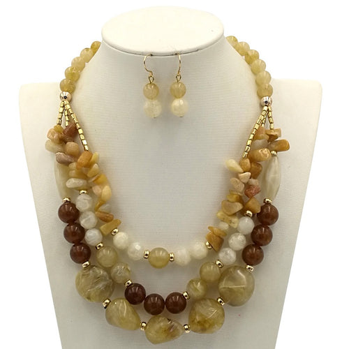 Ladies Beaded  Vintage Necklace