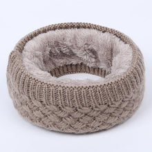 Load image into Gallery viewer, Ring Circle Wool Woman Winter Scarf