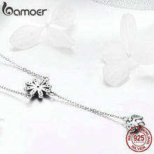 Sterling Silver Daisy with Cute Bee Necklace