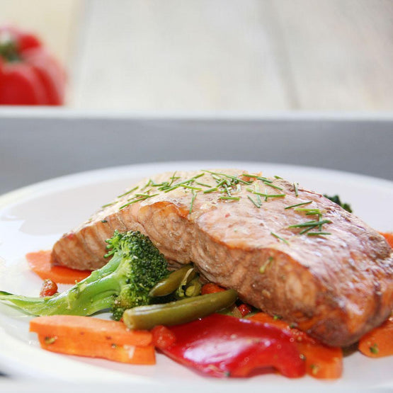 Asian Salmon with Stir Fry Vegetables (GF) - Fresh Meals 2 U